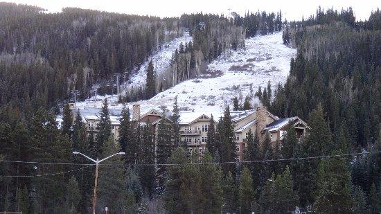 คีน์สโตน, โคโลราโด: The condo building from a distance. Lone Eagle is the closest to the ski lifts