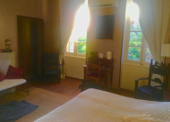 Piolenc, Frankrijk: Room