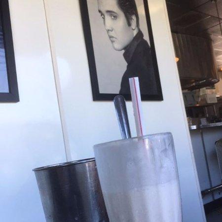 Fremont, Καλιφόρνια: Milkshake & company