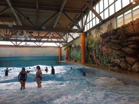 Splash Lagoon Indoor Water Park Resort - Picture of Splash