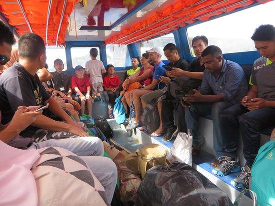 Ulu Temburong National Park, Brunei : Return ferry Bangar to Bandar; larger, more people, just as fast.