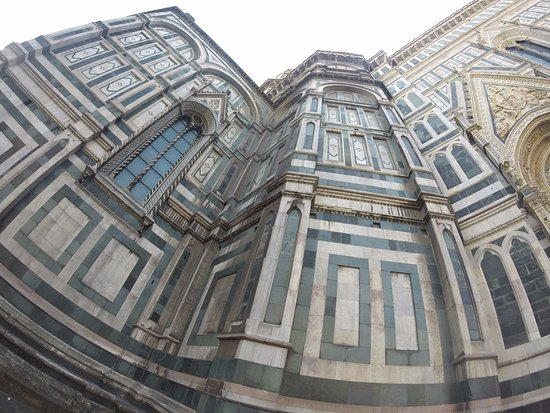 Le Duomo, Cathédrale Santa Maria del Fiore : Vista desde fuera