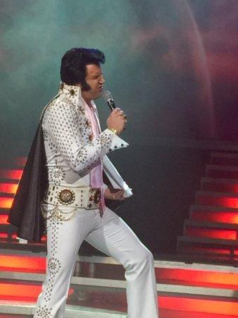Legends In Concert: photo9.jpg