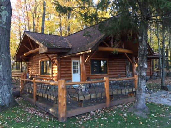 Staudemeyer's Four Seasons Resort: Birch Suite Exterior