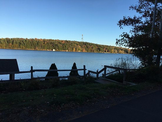 Norwich, Νέα Υόρκη: Nearby Chenango Lake - plenty of things to do closeby