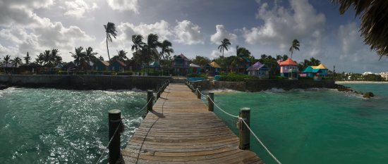 Compass Point Beach Resort: The dock was a great spot to hang out and relax
