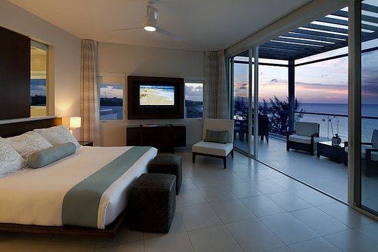 Gansevoort Turks + Caicos: Penthouse Master Bedroom