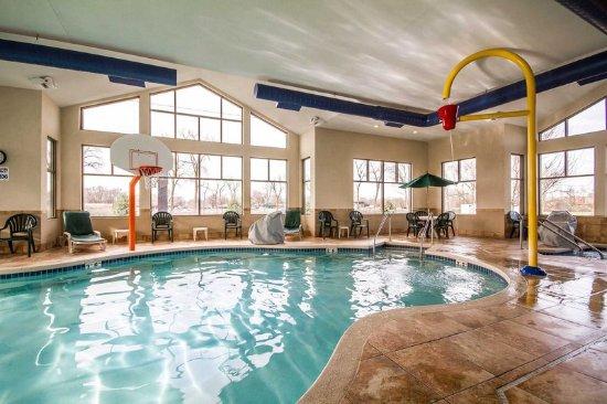 Sleep Inn Suites Madison Updated 2018 Hotel Reviews Price Comparison Wi Tripadvisor