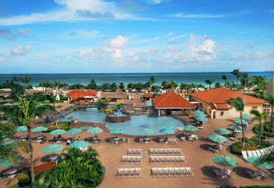 La Cabana Beach Resort & Casino: La Cabana Pool View
