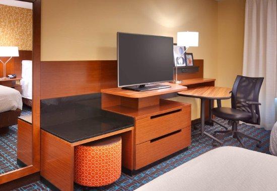 Midvale, UT: Guest Room - Work Desk