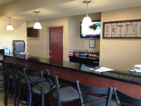 Seward, NE: Bar View