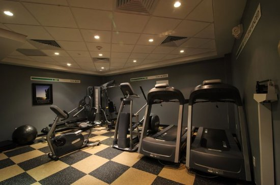 Holiday Inn Plainview - Long Island: Stay Fit in our 24 hour Fitness Center