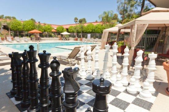 Palm Garden Hotel: Pool Chess_PalmGarden