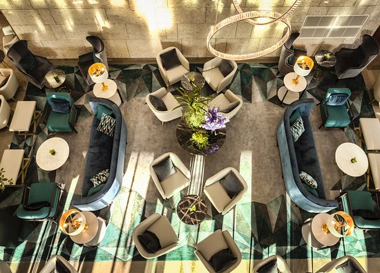 InterContinental Hotel Warsaw: Hotel Lobby