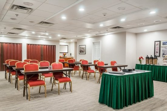 Cookeville, TN: Meeting Room-Class Room