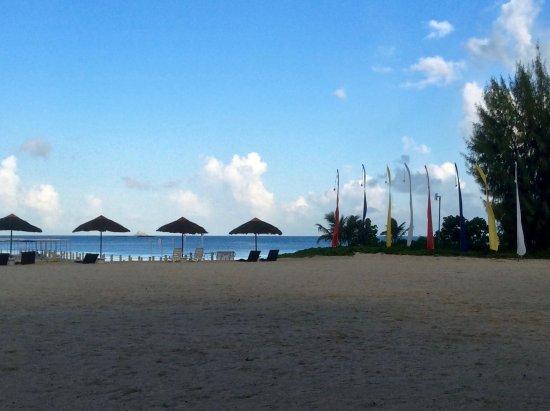 Fiesta Resort & Spa Saipan: Morning view of Fiesta beach