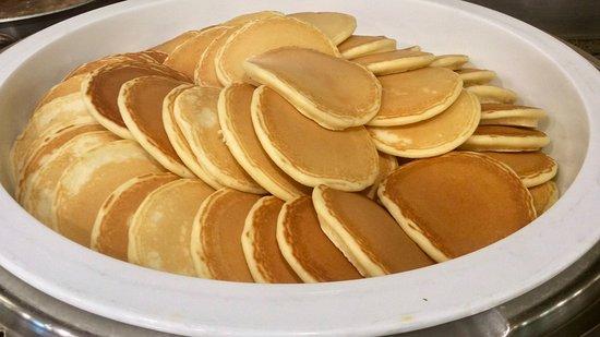 Fiesta Resort & Spa Saipan: World Cafe breakfast - pancakes
