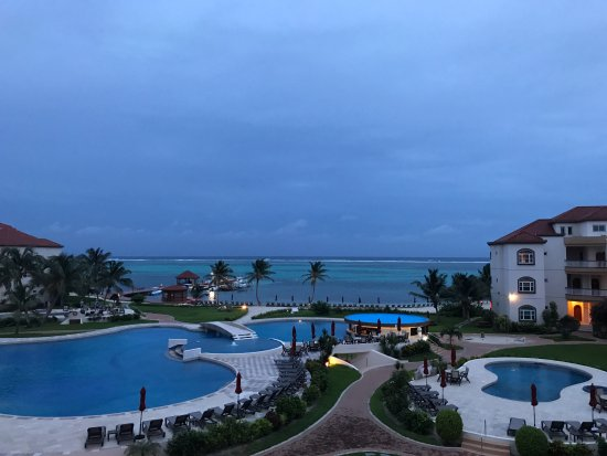 Grand Caribe Belize Resort and Condominiums: View from unit E8.