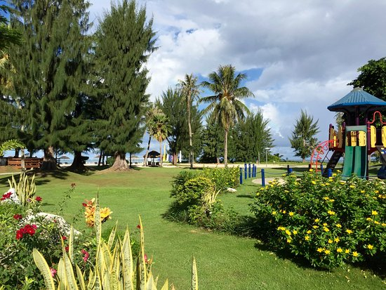Fiesta Resort & Spa Saipan: Kids' play area