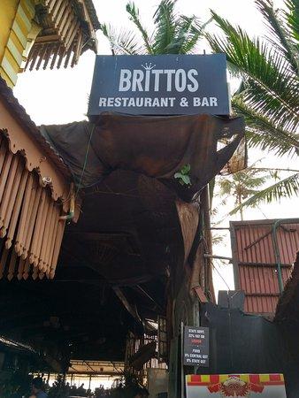 Britto's: entrance