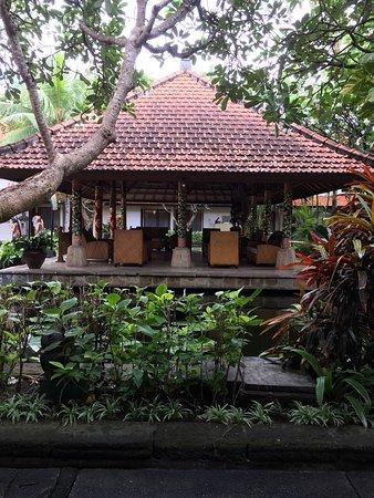 Bali Rani Hotel: photo1.jpg