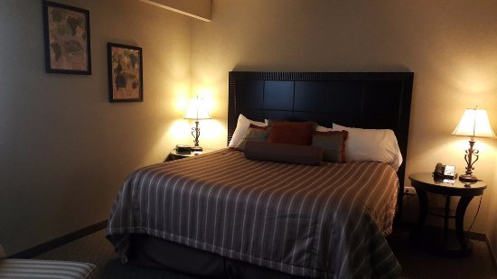 Travelodge Winnipeg East: The main bed was very comfortable