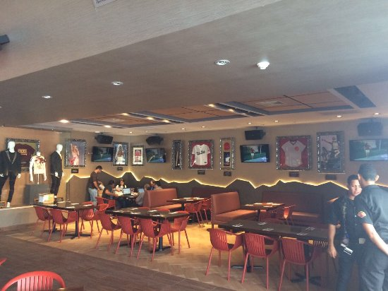 Hard Rock Cafe: photo3.jpg