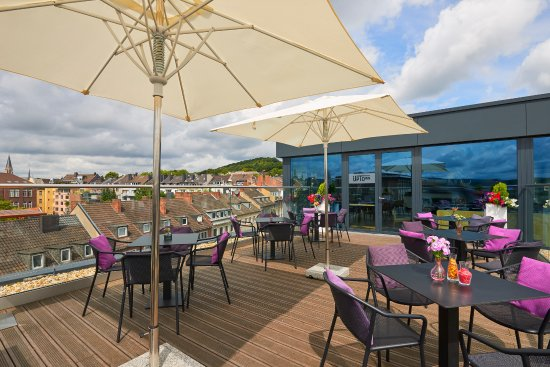 uptown sky lounge restaurant aken. Black Bedroom Furniture Sets. Home Design Ideas