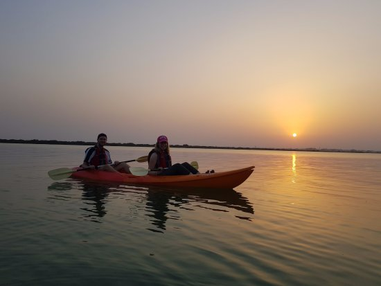 Al Khor, Catar: Sunset Kayaking