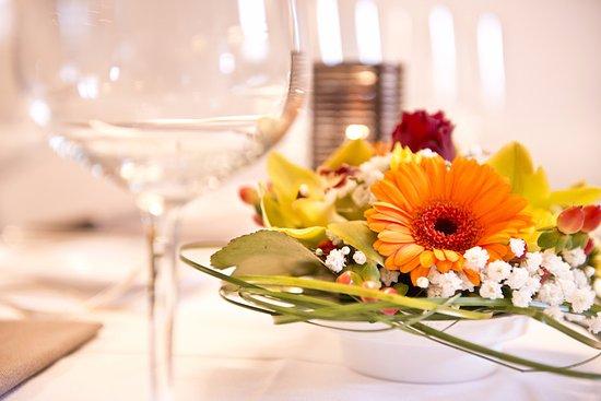 Restaurant du Cheval-Blanc: Décoration de nos tables