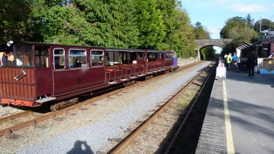Waterford & Suir Valley Railway: Ready to depart.