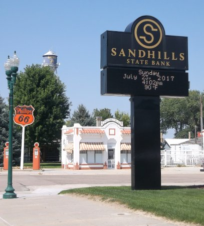Bassett, NE:  Sandhills state bank & Phillips 66 gas station