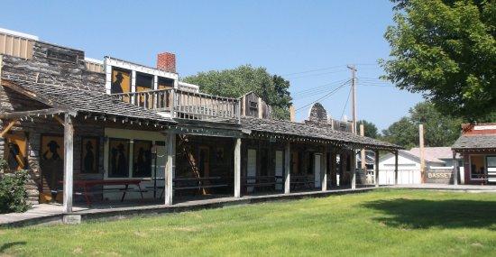 Bassett, Небраска: Fenêtres romantique pour cowboys et cowgirls