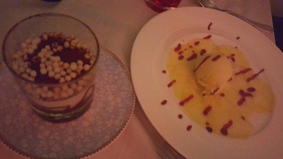 Terrazza Marziale: Tiramisu - flace vanille flan