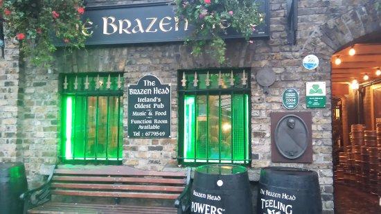 The Brazen Head: Sie betreten ein andere Welt ...