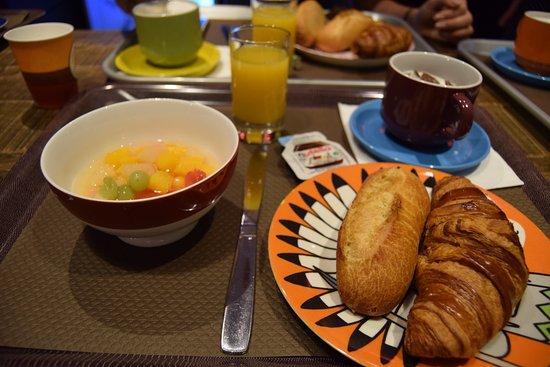 Hotel De Roubaix Paris Tripadvisor