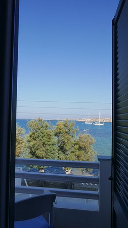 Hotel Paros : See more from the balcony!