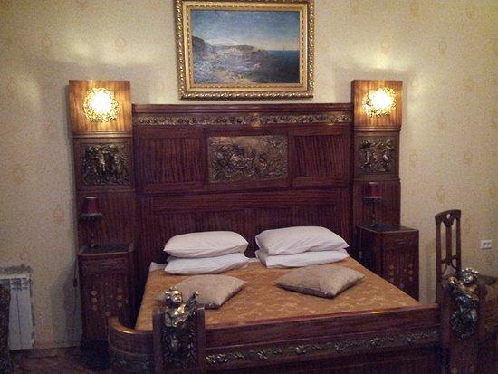 Бутик-отель Рахманинов: Как вам кроватка?