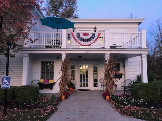 Hiram Inn entrance