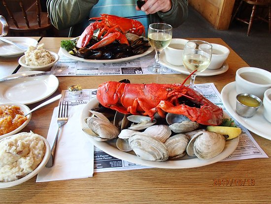 Hampden, ME: Maine shore dinner, great food - excellent value for the money