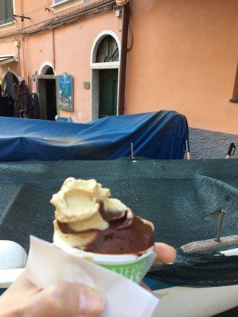 Gelateria Cinque Terre: photo1.jpg