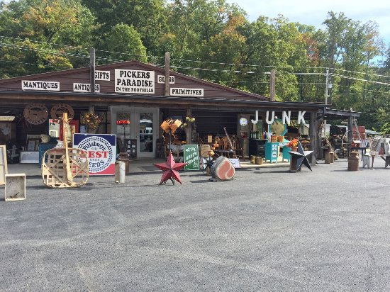 Newport, TN: Pickers Paradise new location 3206 hwy 411 Dandridge Tennessee.