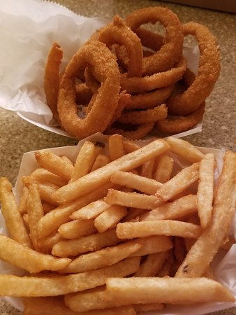 Wareham, MA: Small Onion Ring and Small Fry