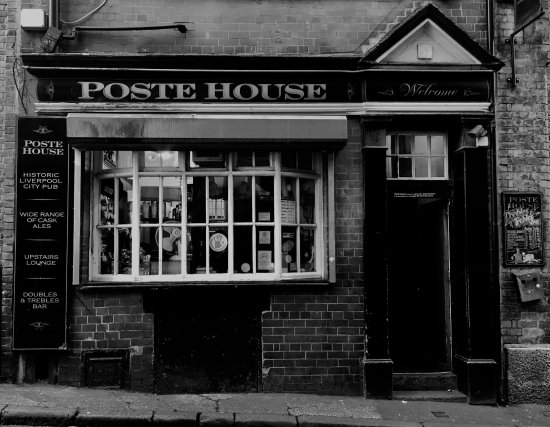 Poste House