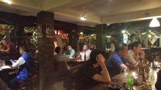 New Orleans Cafe: We got put in a corner