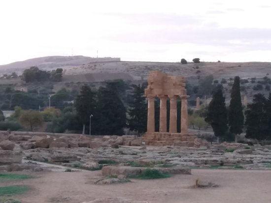 Valley of the Temples (Valle dei Templi): Part of s temple