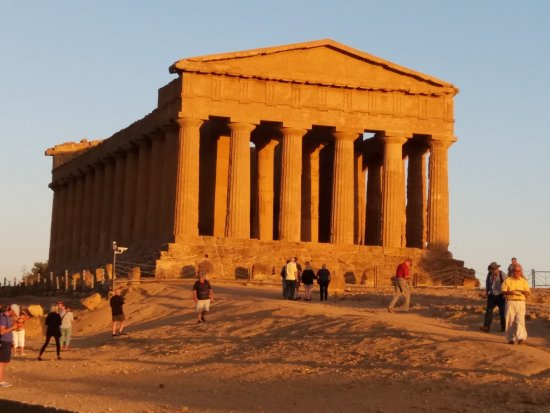 Valley of the Temples (Valle dei Templi): Concordia temple