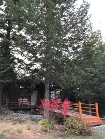 Bonners Ferry, ID: hot tub cabin/retreat