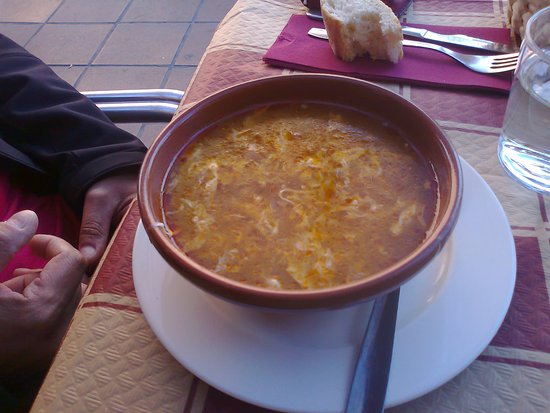 Una, Ισπανία: Sopa castellana