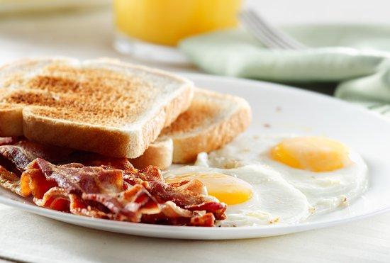 Waupaca, WI: Breakfast